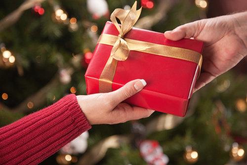 5 Unique Family Christmas Gift Exchange Ideas | Lifestyles Posterous